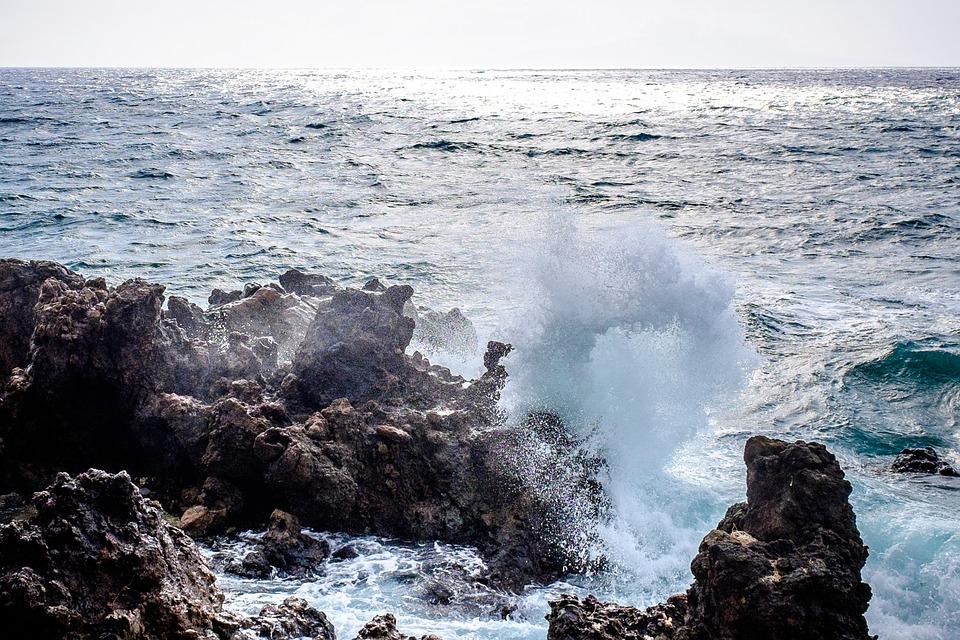 waves-1030963_960_720